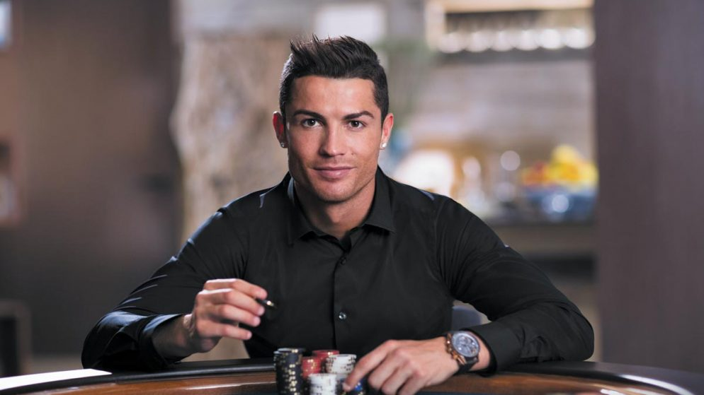Mistério revelado: porque as celebridades adoram poker?
